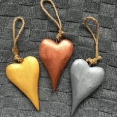 Metallic wooden hearts